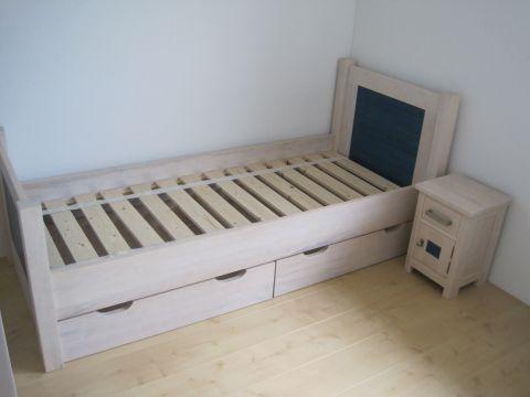 Eenpersoonsbed Met Opbergruimte : Bed met bergruimte ben lamers meubelen