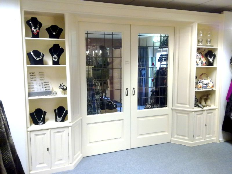 Kamer en suite met glas in lood ben lamers meubelen